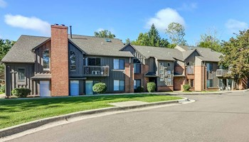 18800 Innsbrook Drive 1-3 Beds Apartment for Rent Photo Gallery 1
