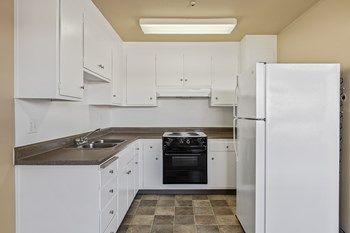 933 Edwards Avenue 1-2 Beds Apartment for Rent Photo Gallery 1