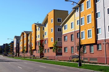 1601 Colorado Boulevard 1-2 Beds Apartment for Rent Photo Gallery 1