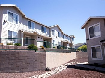 3060 E Show Low Lake RdShow Low, AZ 85901 2-3 Beds Townhouse for Rent Photo Gallery 1