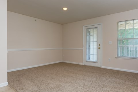 Harbor Creek Living Room with Crown Molding