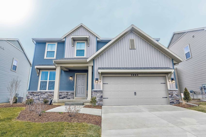 Home For Rent in Holt Michigan | Aspen Lakes Estates
