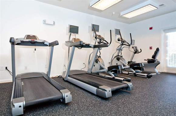 Fitness Center at Heritage at Settlers Landing Apartments