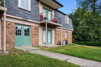 333 Whispering Brook Dr 1-2 Beds Apartment for Rent Photo Gallery 1