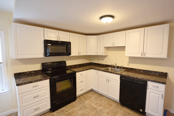 317 E. Beaver Avenue 2 Beds Apartment for Rent Photo Gallery 1