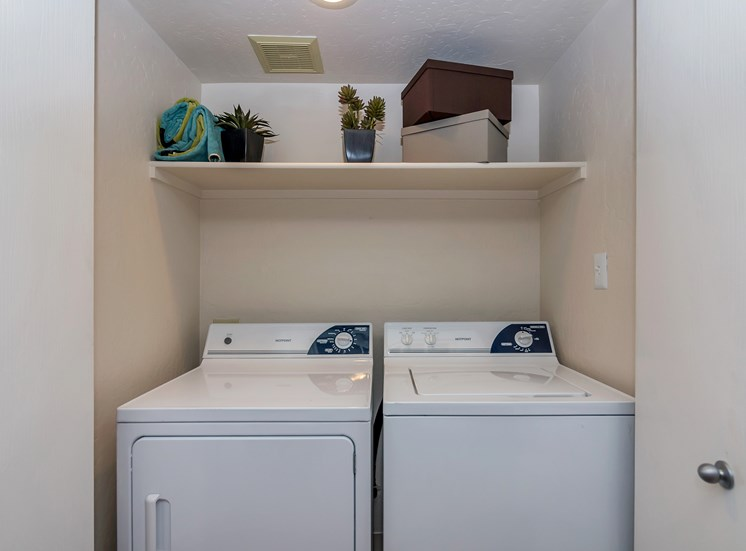 In-Home Washer and Dryer at Crestone at Shadow Mountain, Phoenix, 85032