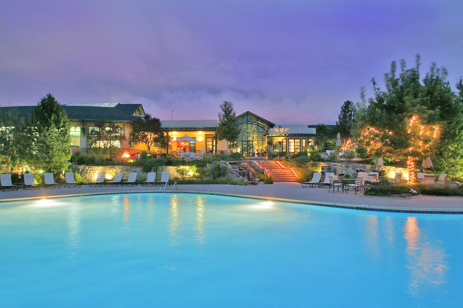 ColoradoClub-Resort size pool and spa
