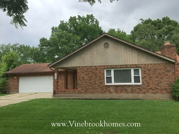 2225 Ottello Ave 3 Beds House for Rent Photo Gallery 1