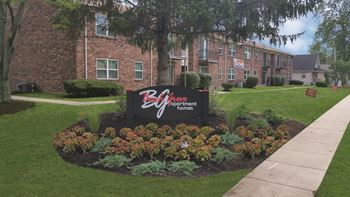 3014 Beech Grove Court 1-3 Beds Apartment for Rent Photo Gallery 1