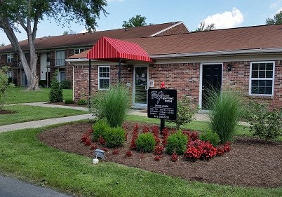 Beech Grove Apartments Community Thumbnail 1