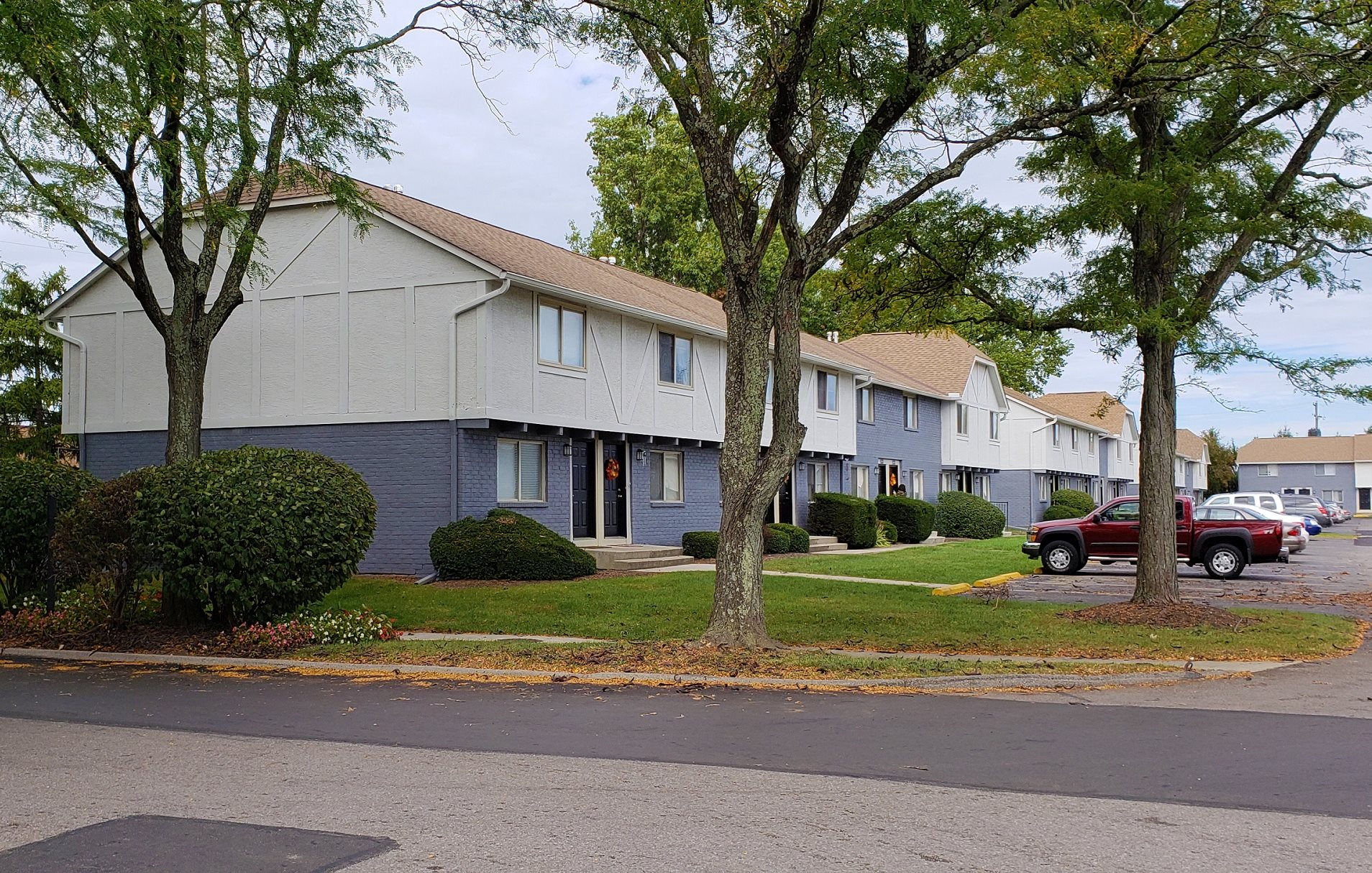 Shaker Square | Apartments in Whitehall, OH