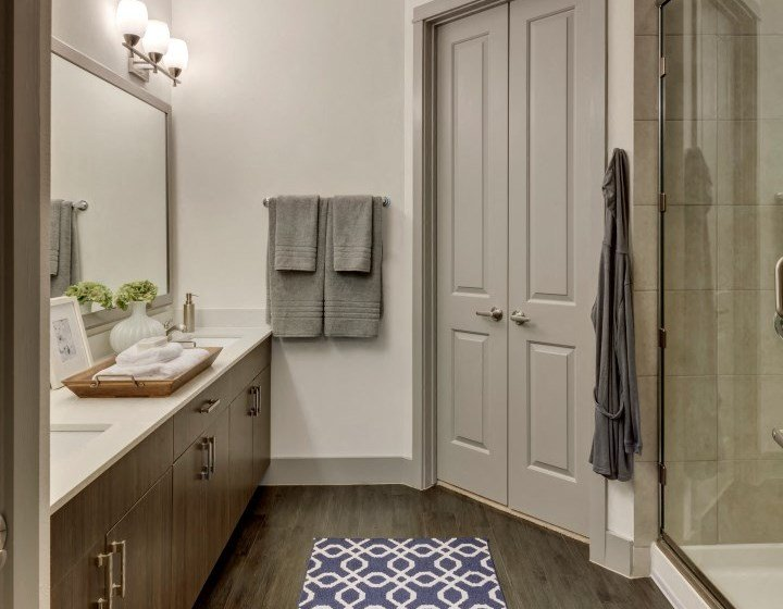 bathroom apartments in katy