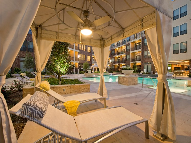 cabana Apartments in Katy