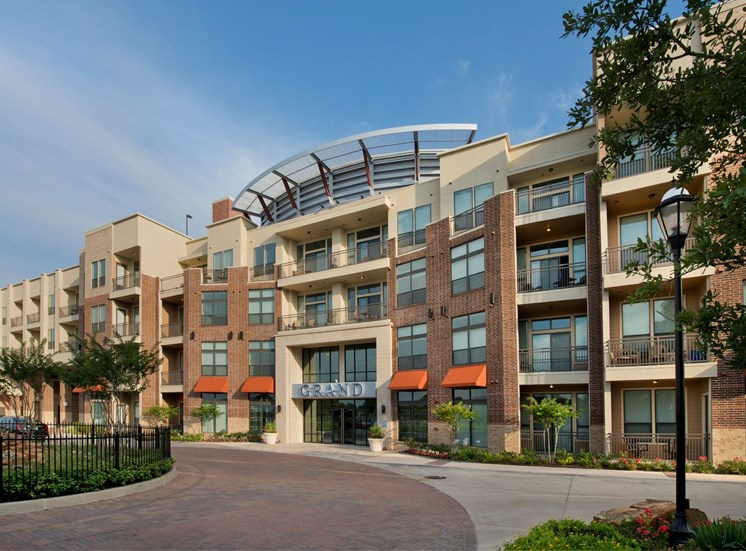 exterior apartments in katy