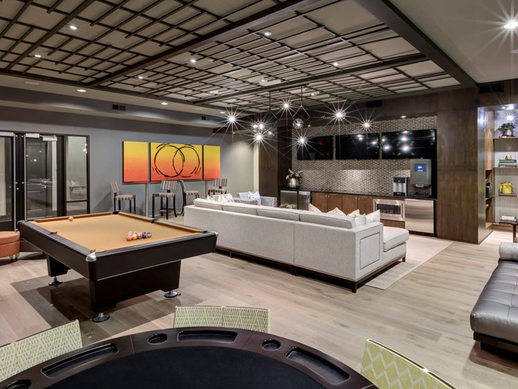 game room Apartments in Katy