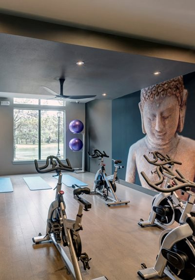 workout center apartments in katy