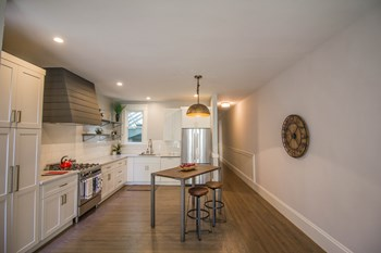 589 Dolores Street 1-3 Beds Apartment for Rent Photo Gallery 1