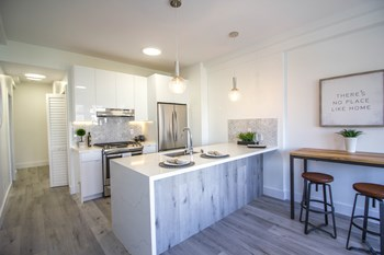 1801 California Street 3 Beds Apartment for Rent Photo Gallery 1