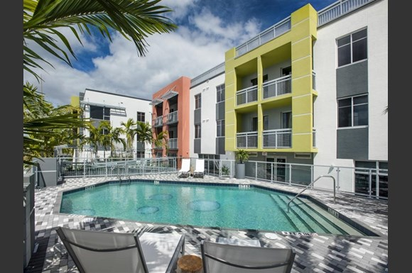 Resort Style Swimming Pool At Sofa Downtown Luxury Apartments Delray Beach Fl 33483
