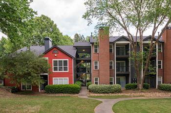2696 N Druid Hills Rd NE 1 Bed Apartment for Rent Photo Gallery 1