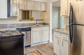 133 Lake Front Drive 1-2 Beds Apartment for Rent Photo Gallery 1