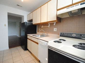 4528 Nebraska Ave 1-2 Beds Apartment for Rent Photo Gallery 1