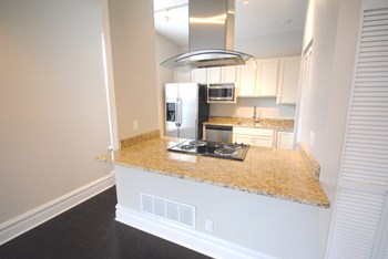 3453 Crittenden 1-2 Beds Apartment for Rent Photo Gallery 1