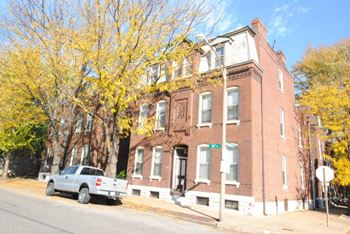 2220-2224 S 9th & 735 Shenandoah 1-2 Beds Apartment for Rent Photo Gallery 1