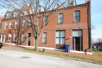2022-2026 S 11th 1-2 Beds Apartment for Rent Photo Gallery 1