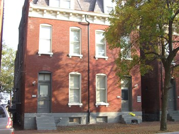 2630-32-34 S 11th St 2-3 Beds Apartment for Rent Photo Gallery 1