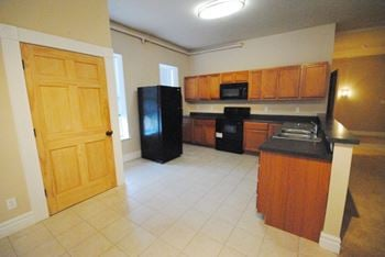 7024 Pennsylvania Ave. 1-3 Beds Apartment for Rent Photo Gallery 1