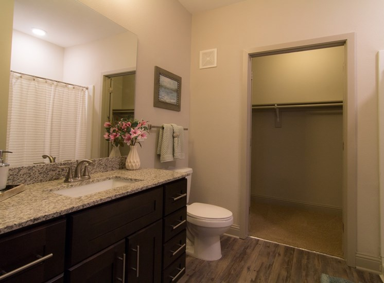 bathroom apartments in westminster