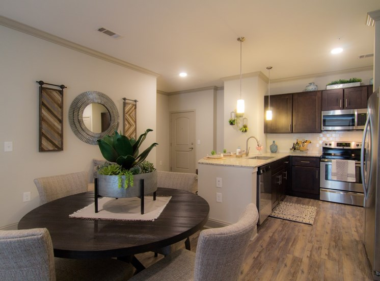 dining apartments in westminster
