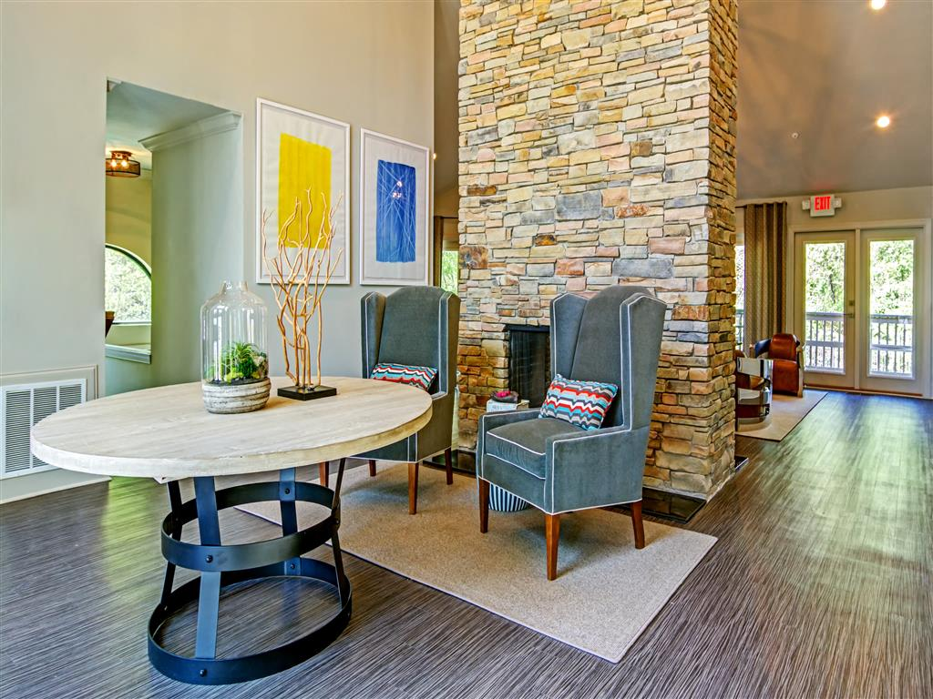Resident Lounge at The Lakes at Windward, Alpharetta, GA 30004