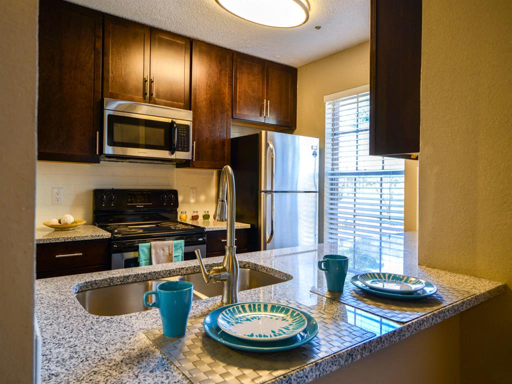 Espresso Cabinetry at The Lakes at Windward, Alpharetta, 30004