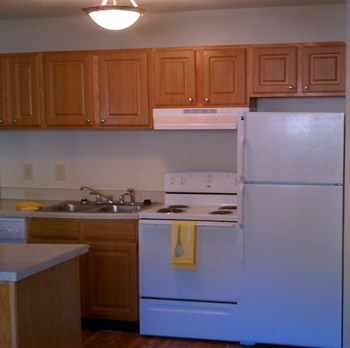 3822 Mizell Road Studio-2 Beds Apartment for Rent Photo Gallery 1
