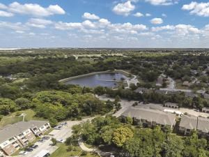 Bella Ruscello Luxury Apartment Homes Duncanville aerial view