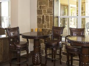 Bella Ruscello Luxury Apartment Homes Duncanville clubhouse interior