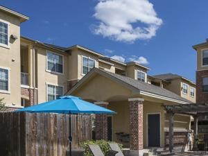 Bella Ruscello Luxury Apartment Homes Duncanville swimming pool