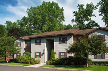 Winding Brook Drive 1-2 Beds Apartment for Rent Photo Gallery 1