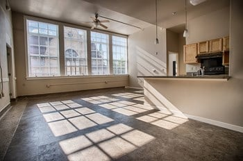 95 E 2Nd St 1-3 Beds Apartment for Rent Photo Gallery 1