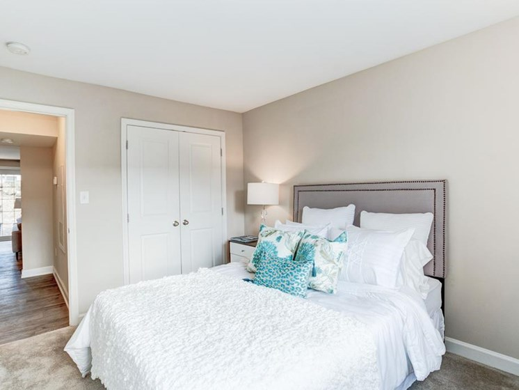 Classic Bedroom with Closet at Ellicott Grove, Maryland, 21043