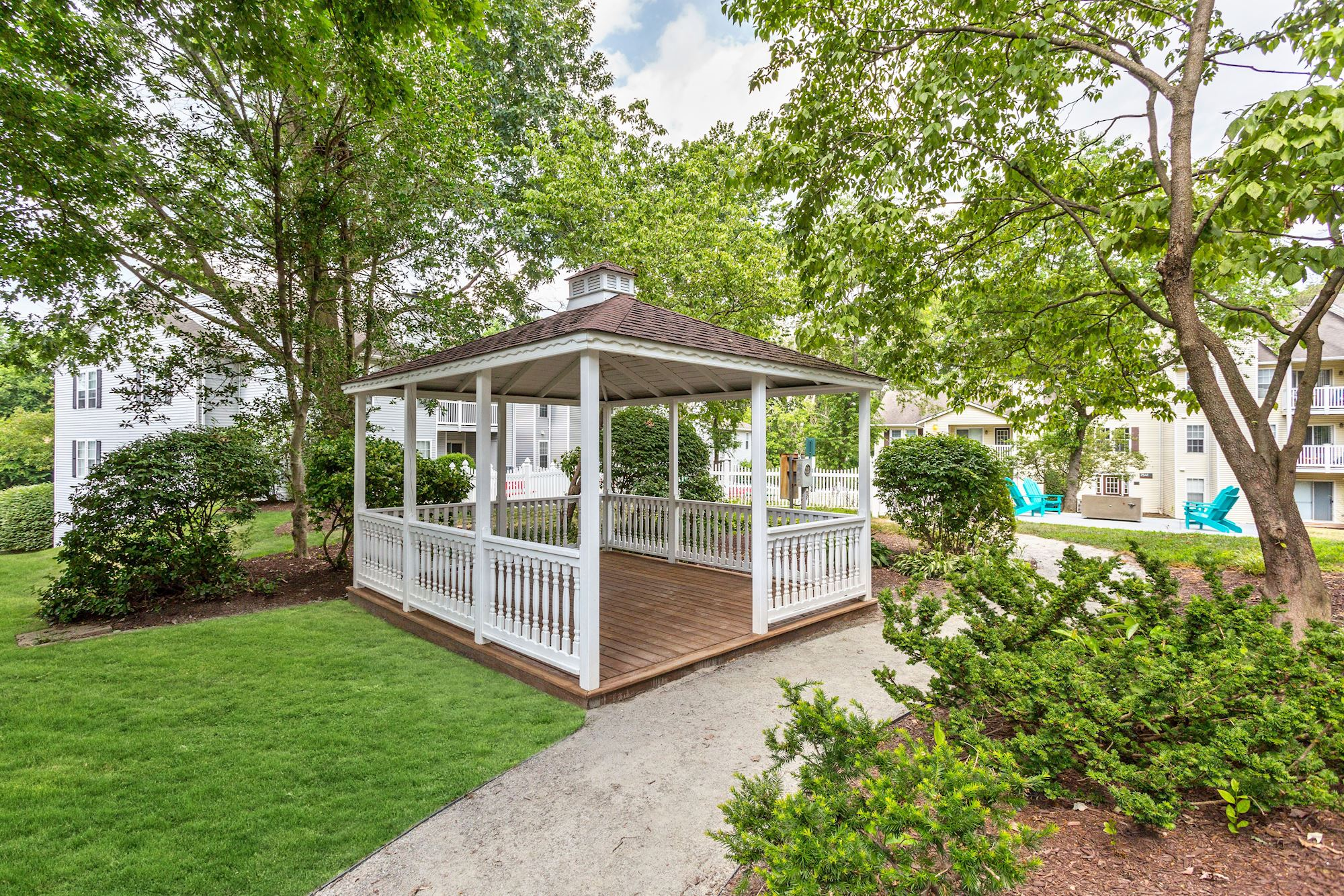 Apartments for Rent with Gazebo- The Hamilton at Kings Place