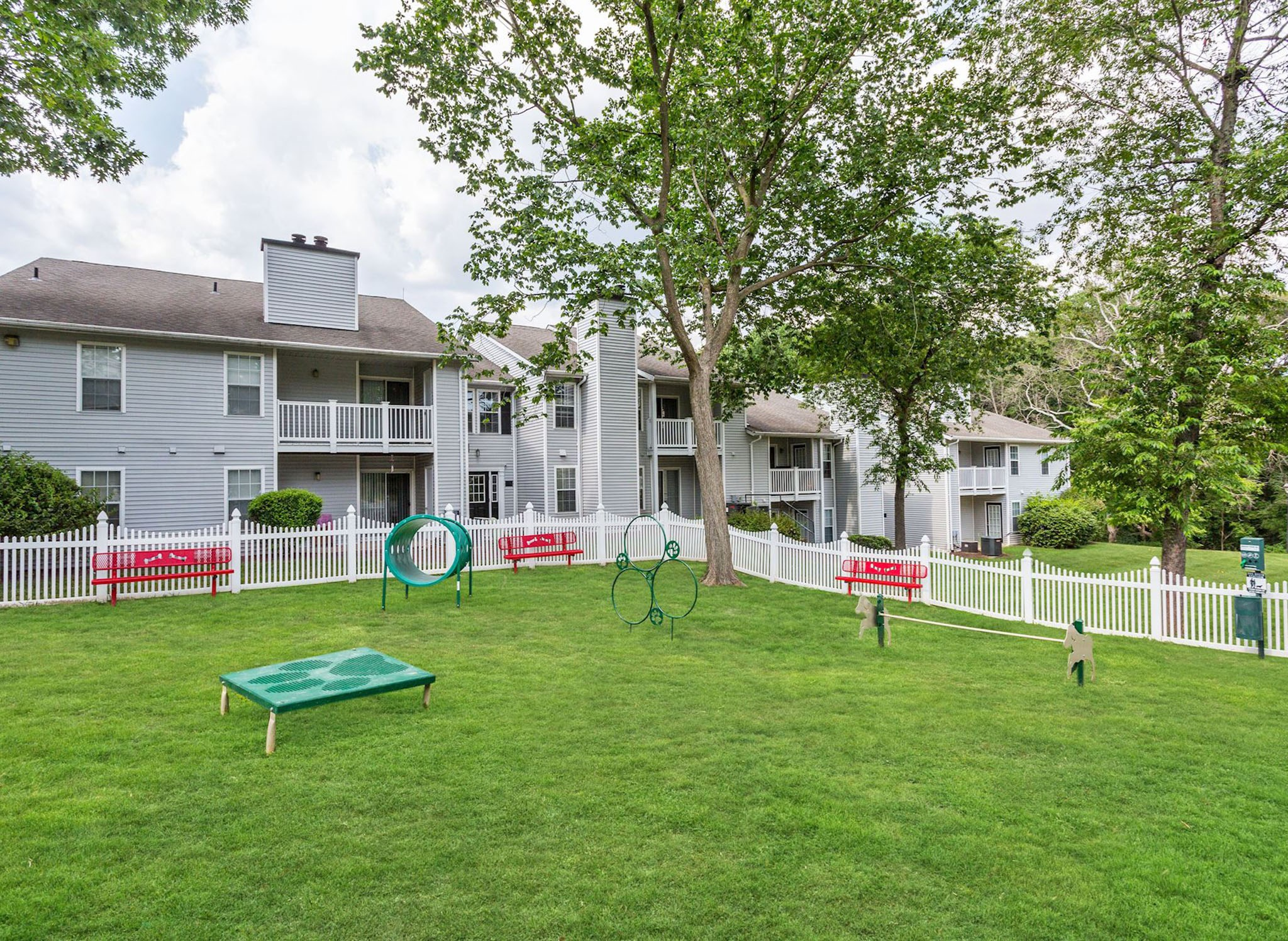 Apartments in Columbia Maryland for Rent - Hamilton at Kings Place Dog Park