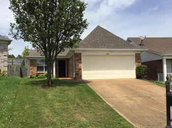 10148 Cross Valley Dr 3 Beds House for Rent Photo Gallery 1