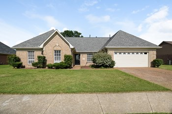 5378 Philgrove Way 3 Beds House for Rent Photo Gallery 1