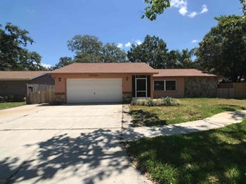 10851 117th St 3 Beds House for Rent Photo Gallery 1