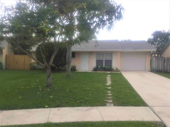 6129 Moonbeam Dr 3 Beds House for Rent Photo Gallery 1