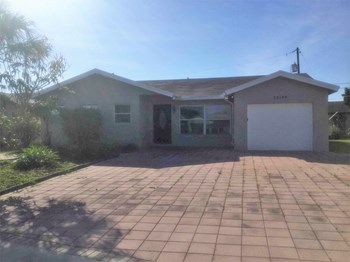 22188 SW 59 Ave 3 Beds House for Rent Photo Gallery 1