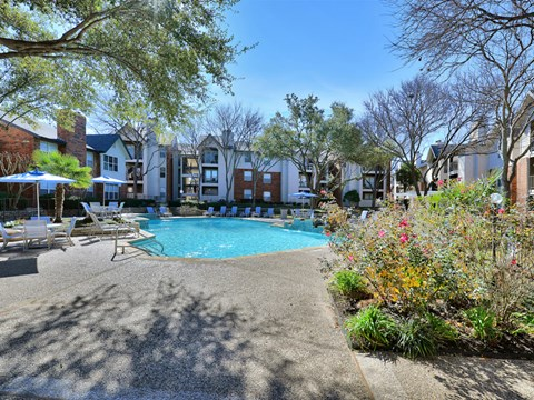 Huntington Glen Apartments Bedford Pool with Native Landscape